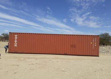 Container mit Hilfsgütern in Windhoek angekommen.