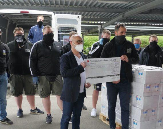 Fans und Lions Club helfen den Thüringer Tafeln